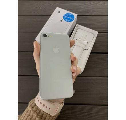 iPhone 8 64gb Silver  (новый)