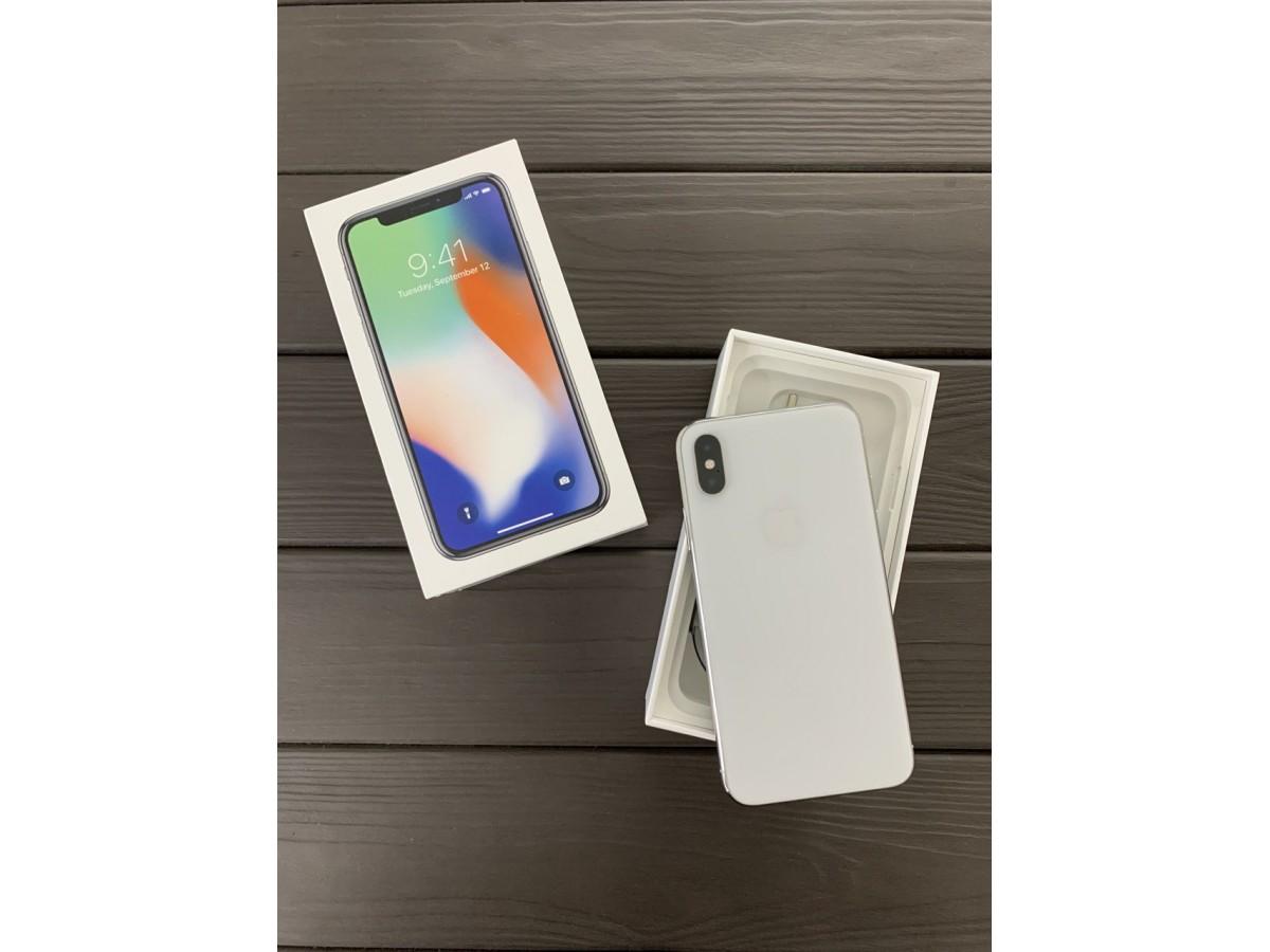Apple iPhone X 256gb Silver в Тюмени