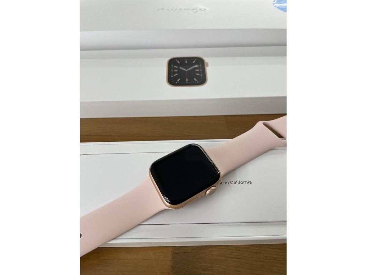 Apple Watch Series 6 40mm Gold в Тюмени