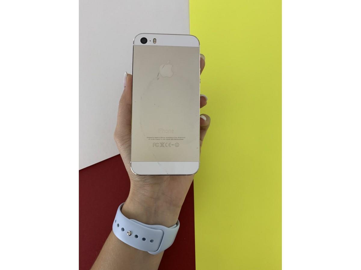 Apple iPhone 5S 16Gb Gold в Тюмени