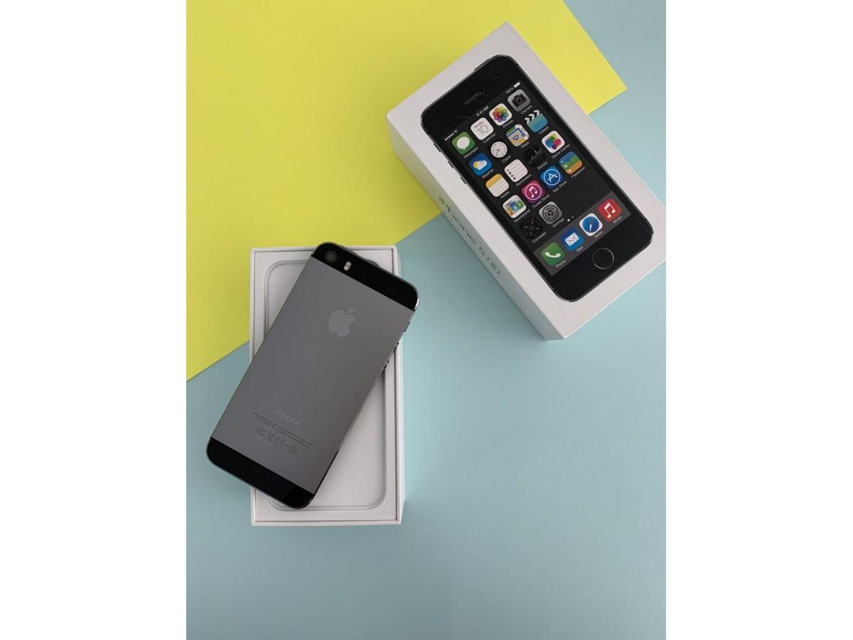 Apple iPhone 5S 16Gb Space Gray в Тюмени