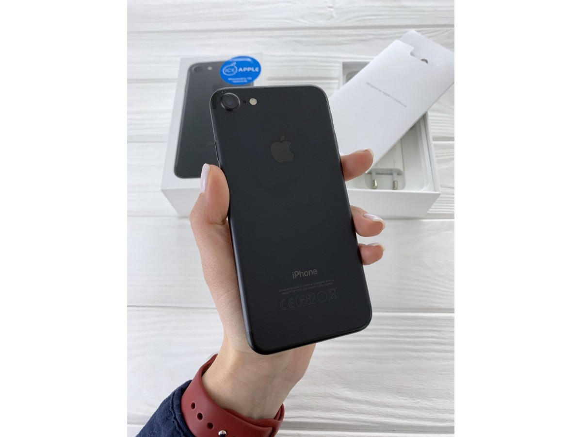 iPhone 7 128gb Black в Тюмени
