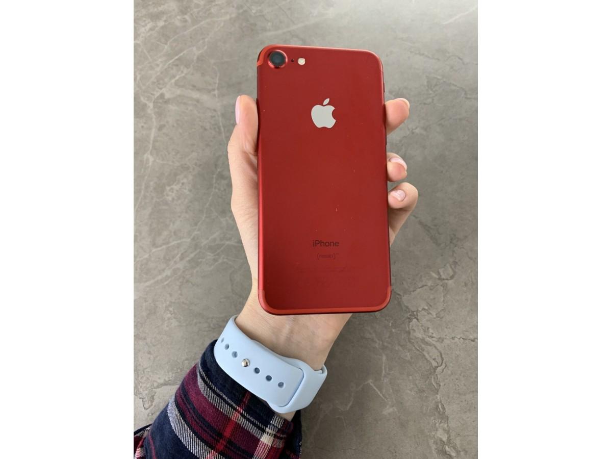 Apple iPhone 7 128gb Red в Тюмени