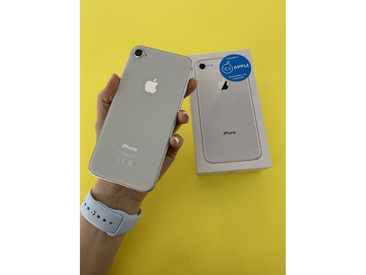 Apple iPhone 8 64gb Silver в Тюмени