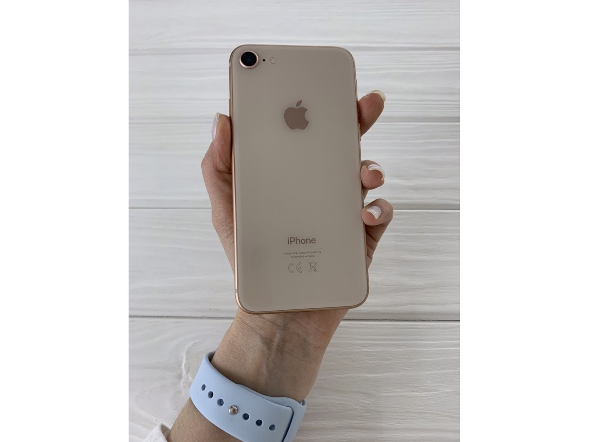 iPhone 8 64gb Gold в Тюмени
