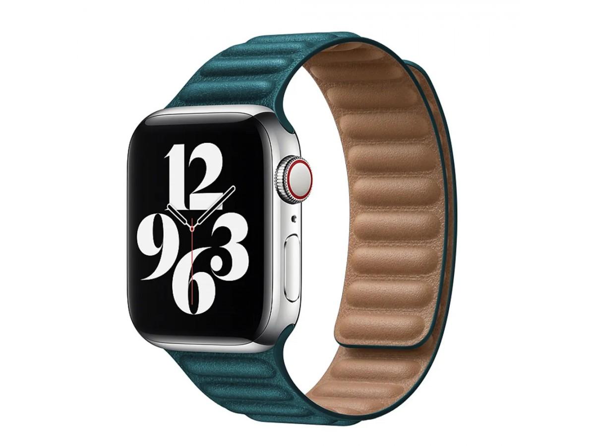 Ремешок кожаный New Apple Watch 42/44 мм на магнитной застежке темно-зеленый в Тюмени