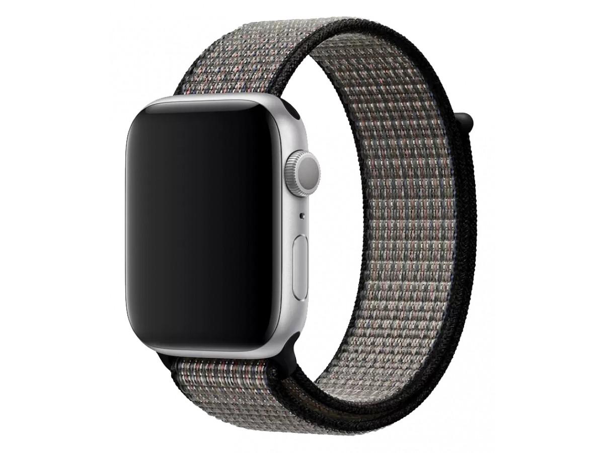 Ремешок спортивный браслет Apple Watch 42/44 мм серый/черный в Тюмени