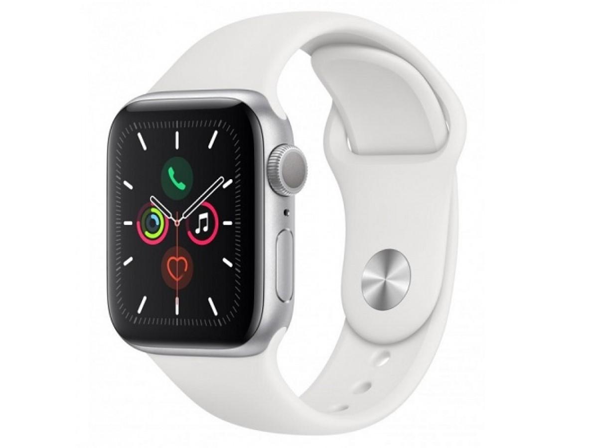 Apple Watch Series 5, 44 мм, корпус из алюминия серебристого цвета, спортивный ремешок белого цвета в Тюмени