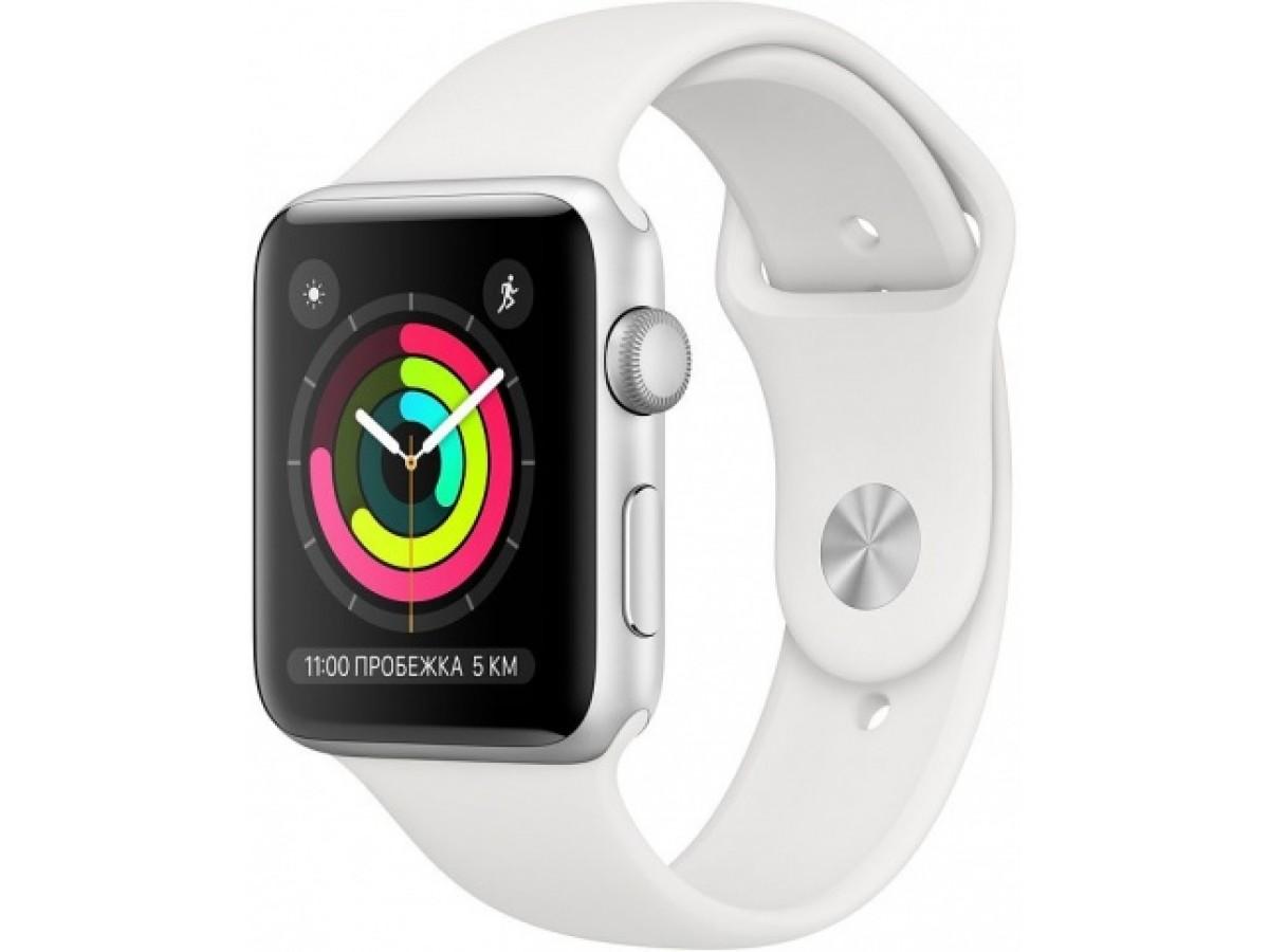 Apple Watch Series 3, 42 мм, корпус из серебристого алюминия, спортивный ремешок белого цвета в Тюмени